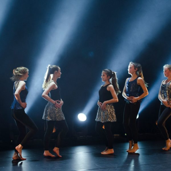 3_Dance_moves_091217_418_preview
